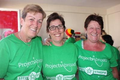 一群Projects Abroad志工在非洲埃塞俄比亞的合照