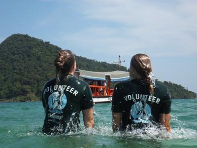 Projects Abroad志工參與柬埔寨環保項目在海洋工作的情況