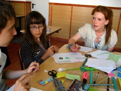 志工來到歐洲教導需要特殊照顧的兒童