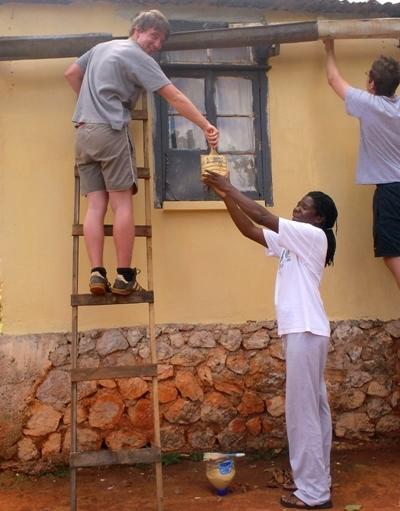 Projects Abroad志工在牙買加參與建設項目