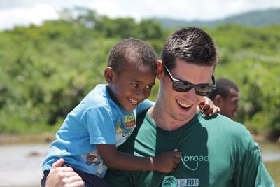參與Projects Abroad的斐濟志工項目,幫助當地的孩子