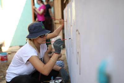 青年志工善用學校假期,來到柬埔寨參與社區關愛項目