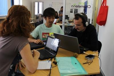 志工參與南非的新聞項目