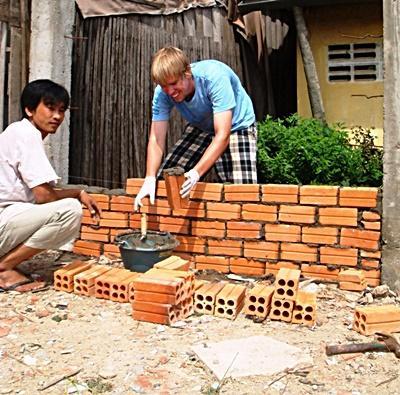 社區建設項目志工興建一所建築物