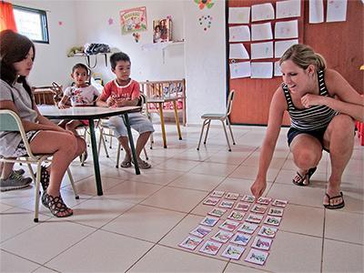 Projects Abroad關愛志工在科爾多瓦負責帶領幼兒園的課堂,教導阿根廷兒童一些知識。