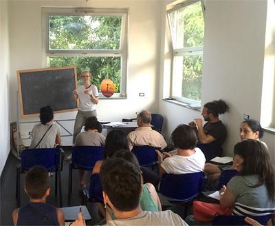 參與Projects Abroad難民援助項目在歐洲意大利負責帶領一個課堂內容