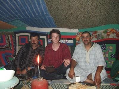 志工在摩洛哥融入當地的游牧生活