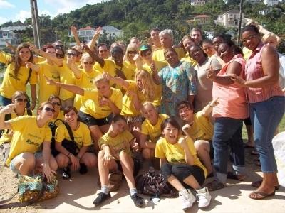 Projects Abroad volunteers pose for a picture in Jamaica.