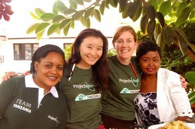 非洲坦桑尼亞Projects Abroad員工和志工的相處時光