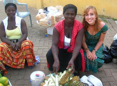 志工融入加納當地的生活文化