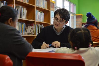 志工在實習項目為南非婦女和孩子提供法律意見
