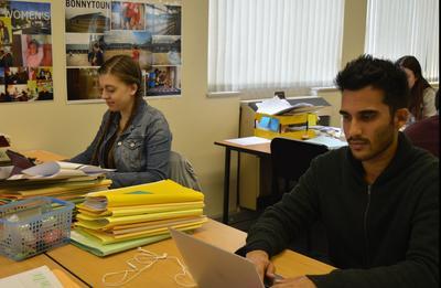 人權志工在Projects Abroad南非開普敦人權辦事處幫忙負責處理一些法律個案