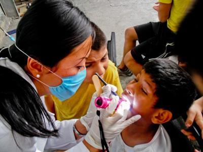 Projects Abroad在墨西哥的牙科學生選修項目