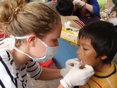 Projects Abroad在秘魯的牙醫選修項目