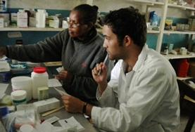 肯雅的藥劑學實習項目: 藥劑學項目