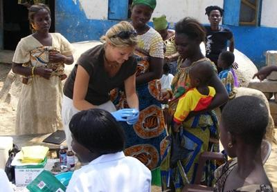 志工參與加納的公共健康實習項目