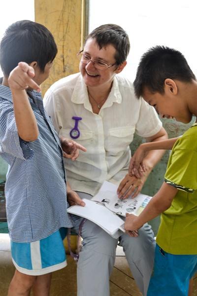 Projects Abroad言語治療志工幫助復康中心的越南孩子