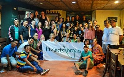 A Projects Abroad group picture in the Philippines, Southeast Asia.