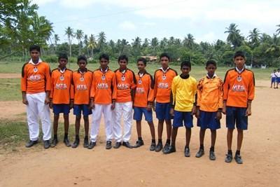 參與Projects Abroad志工 項目在斯里蘭卡學校進行體育運動指導工作