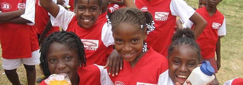 學生參與Projects Abroad的足球指導項目